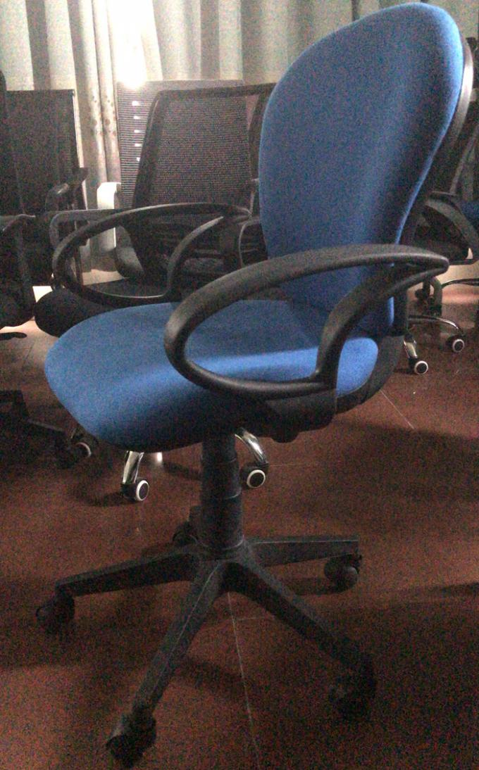 Lightweight Economical Office Chairs With Arms And Wheels SGS Approval